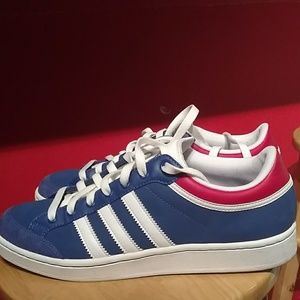 Adidas Americana men's shoes size 9